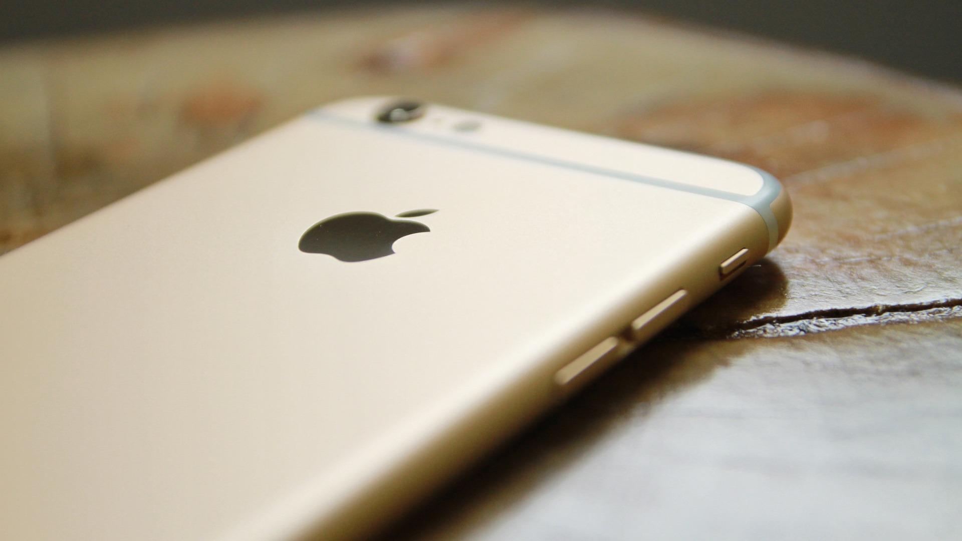 Apple iPhone Mobile App Design Tech blogs tech content social media